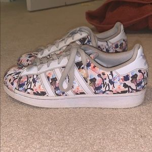 Adidas superstar floral shoes Women's 6
